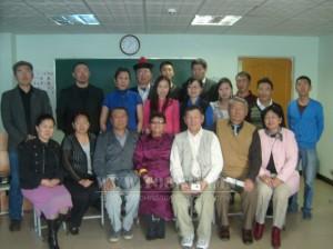Монгол һайхан орондо. Монгол-япон дээдэ сургуульда уулзалгын үедэ.